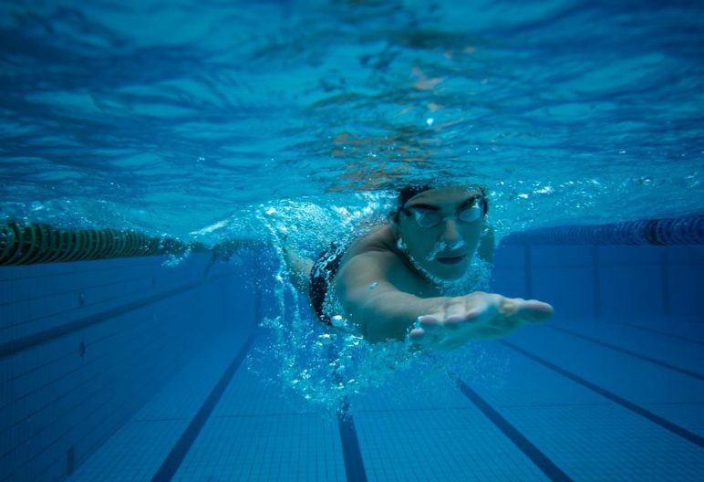 why-is-swimming-good-for-you_75de8e09-9911-4ce5-9e8b-041097316f1c