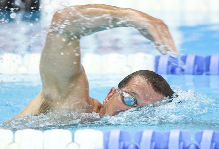 masters_swimmer_freestyle_masters_decathlon