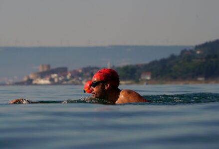 Simon_Murie_from-Swimtrek-Full-Head-Sighting-on-Hellespont-Swim_1700x935-1156x775