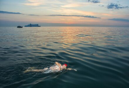 Don-Riddington-English-Channel-Swim051-900x600