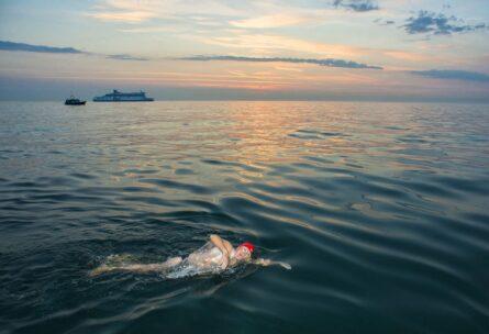 Don-Riddington-English-Channel-Swim051-900x600